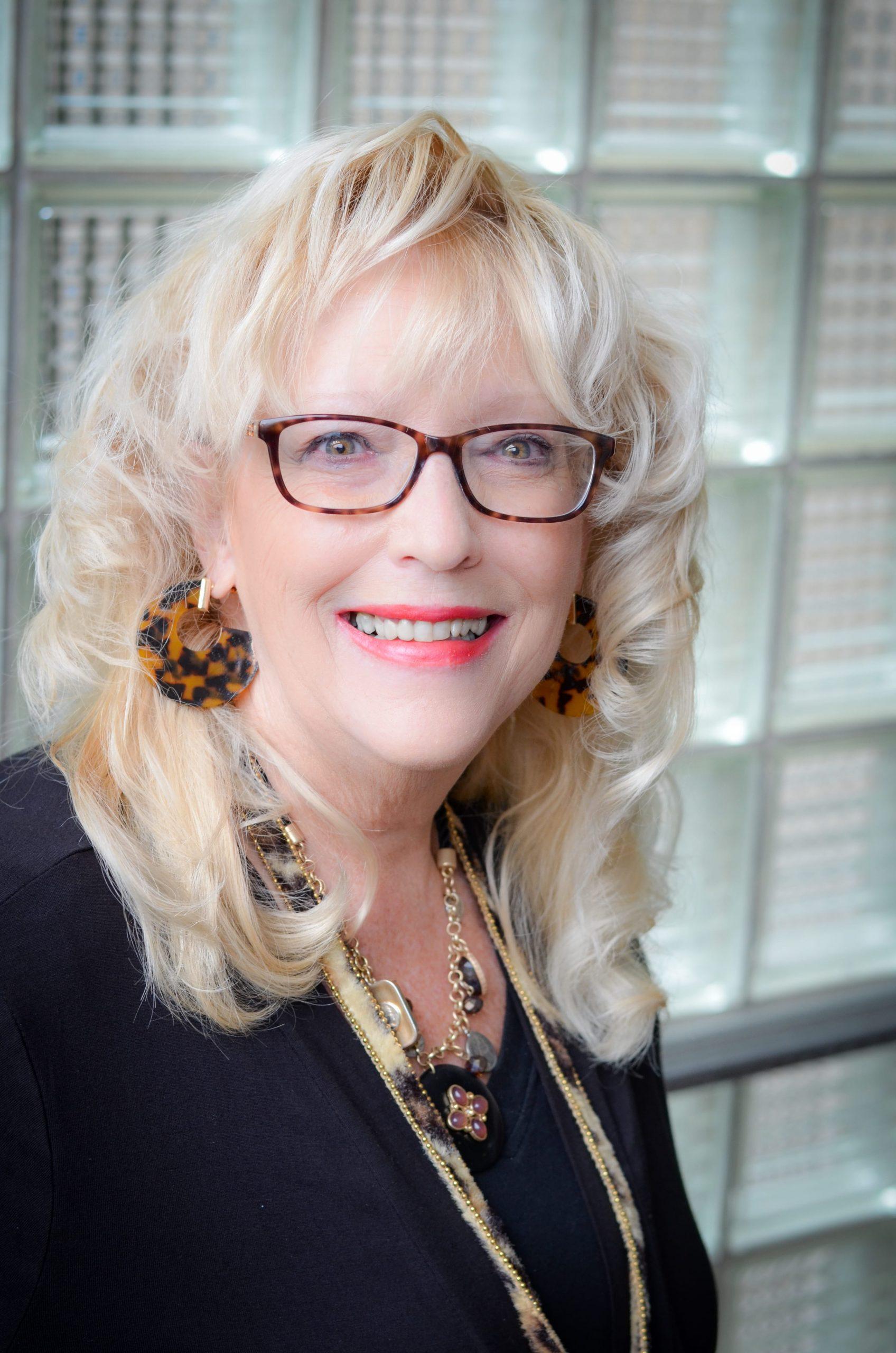 Cindy Saab Speaker Headshot
